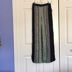 Black/multi-color flowing wide-leg pants